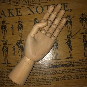 Wooden articulated hand